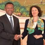 L'ambassadeur de France Véronique Vouland reçue par le président Hery Rajaonarimampianina