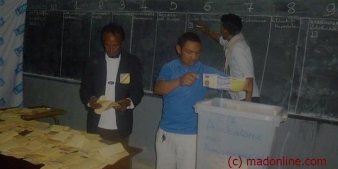 Bilan 2015 : la politique au rythme de l'éclosion du parti HVM