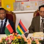 Le Président malgache Hery Rajaonarimampianina et le Premier Ministre mauricien Anerood Jugnauth (Ph. PRM)