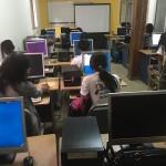 A Antananarivo, la fréquentation des cyber-cafés est en grande partie liée au phénomène réseaux sociaux.