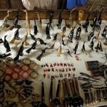 Les cornes de zébus sont transformées en produits très divers par des artisans talentueux.