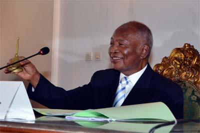 Rivo Rakotovao porté par une large majorité à la tête du Sénat